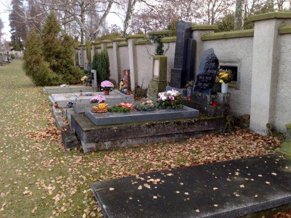 Hrobka před renovací